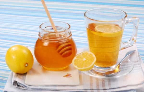 chay-s-medom-i-limonom