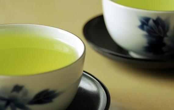 Зеленый чай, польза и вред для печени
