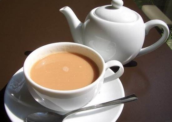 Чай с молоком и солью