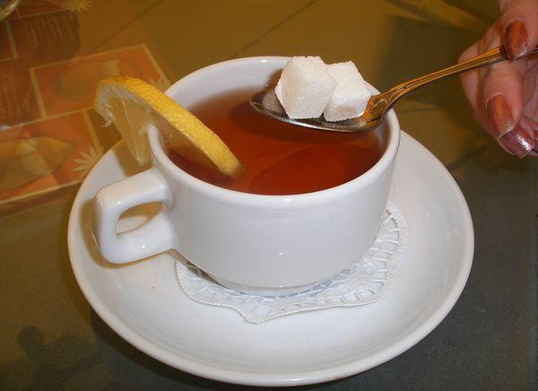 Калорийность чая с сахаром