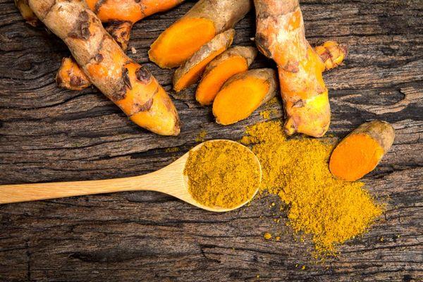 Куркума: полезные свойства и противопоказания золотой специи