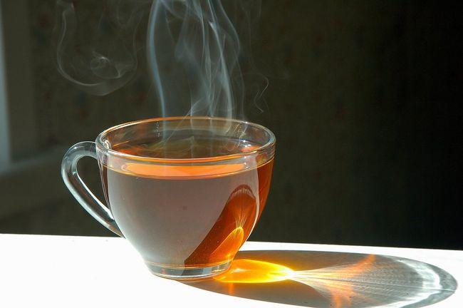 Можно ли пить чай при температуре: полезные советы, рекомендации